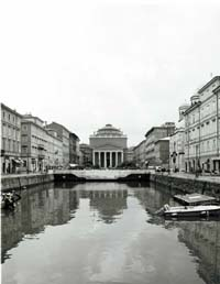 Photograph of the Canal Grande Trieste, Italy (c) 2003 Megan O'Beirne